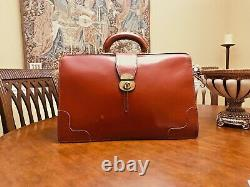 Old English Tan Bridle Leather Lawyers / Doctors Briefcase Made In England